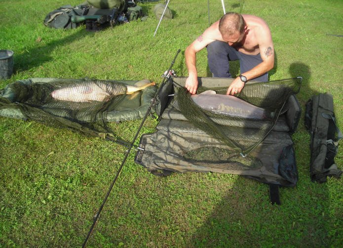 two-big-carp-caught-together-at-smallwater-lakes-in-france