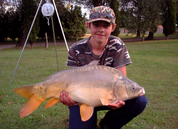 22lb-carp-from-smallwater-lakes-in-france